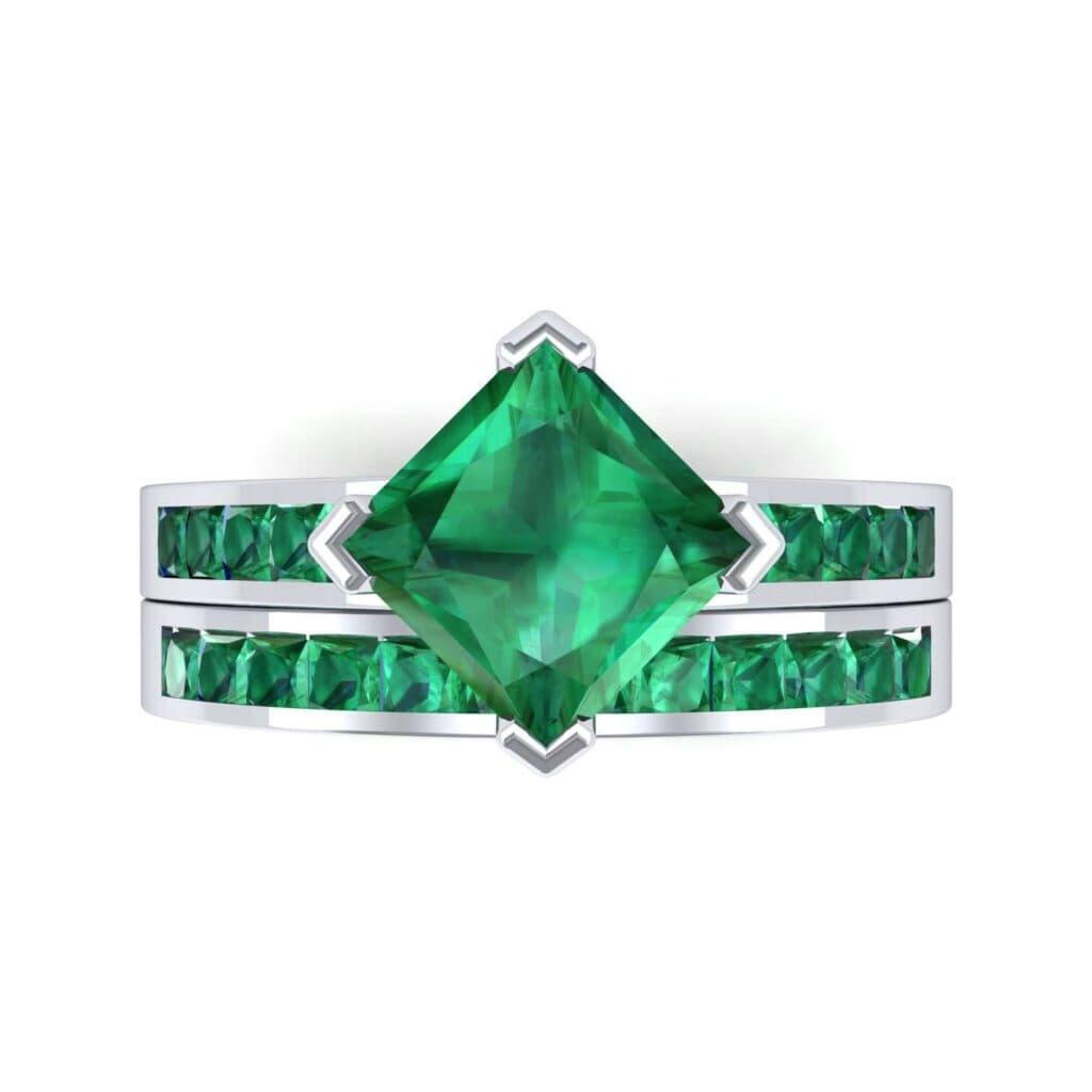 3827 Render 1 01 Camera4 Stone 1 Emerald 0 Floor 0 Metal 1 Platinum 0 Emitter Aqua Light 0