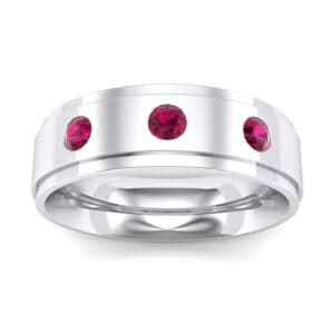 Stepped Edge Round-Cut Trio Ruby Ring (0.28 Carat)