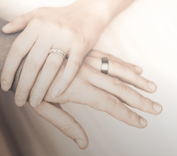 Your Guide to Choosing a Wedding Ring