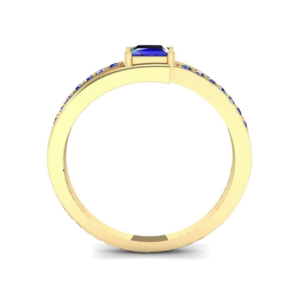 Ij009 Render 1 01 Camera3 Stone 3 Blue Sapphire 0 Floor 0 Metal 3 Yellow Gold 0 Emitter Aqua Light 0.jpg