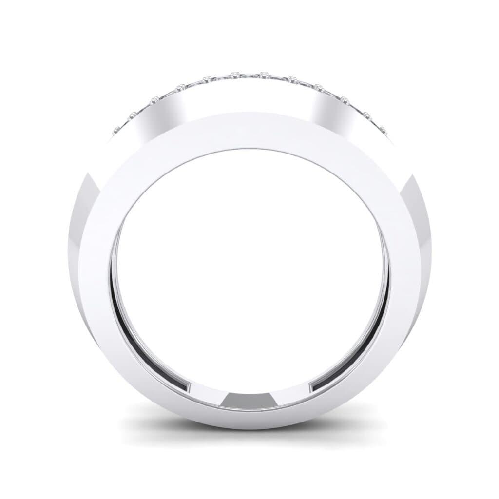 Ij025 Render 1 01 Camera3 Stone 4 Diamond 0 Floor 0 Metal 4 White Gold 0 Emitter Aqua Light 0.jpg